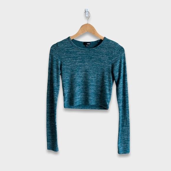 Aritzia Wilfred Free Blue/Grey Long Sleeve Crop